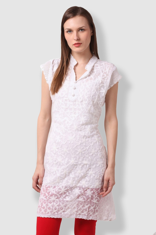 SAADGI Chikankari Embroidered White Kurti